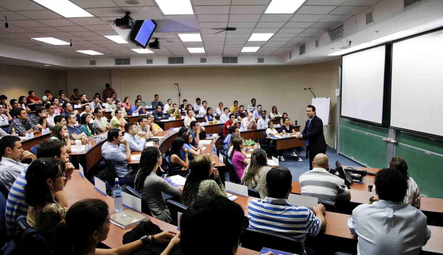 Educación: Universidades, Colegios, Institutos y Escuelas de Negocios