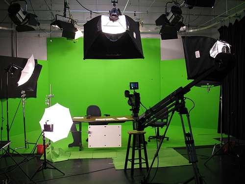 Estudios de Televisión para Aulas Virtuales