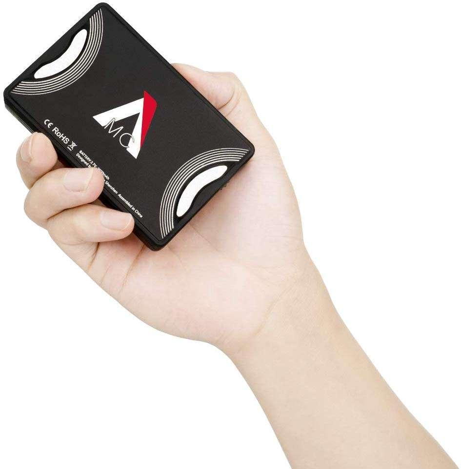 Aputure AL-MC - la mejor luz portátil a color del mercado para youtubers